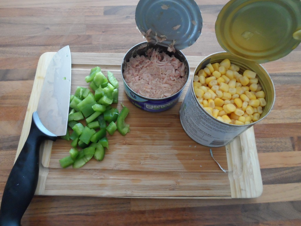 Canned Tuna, sweetcorn & diced green pepper